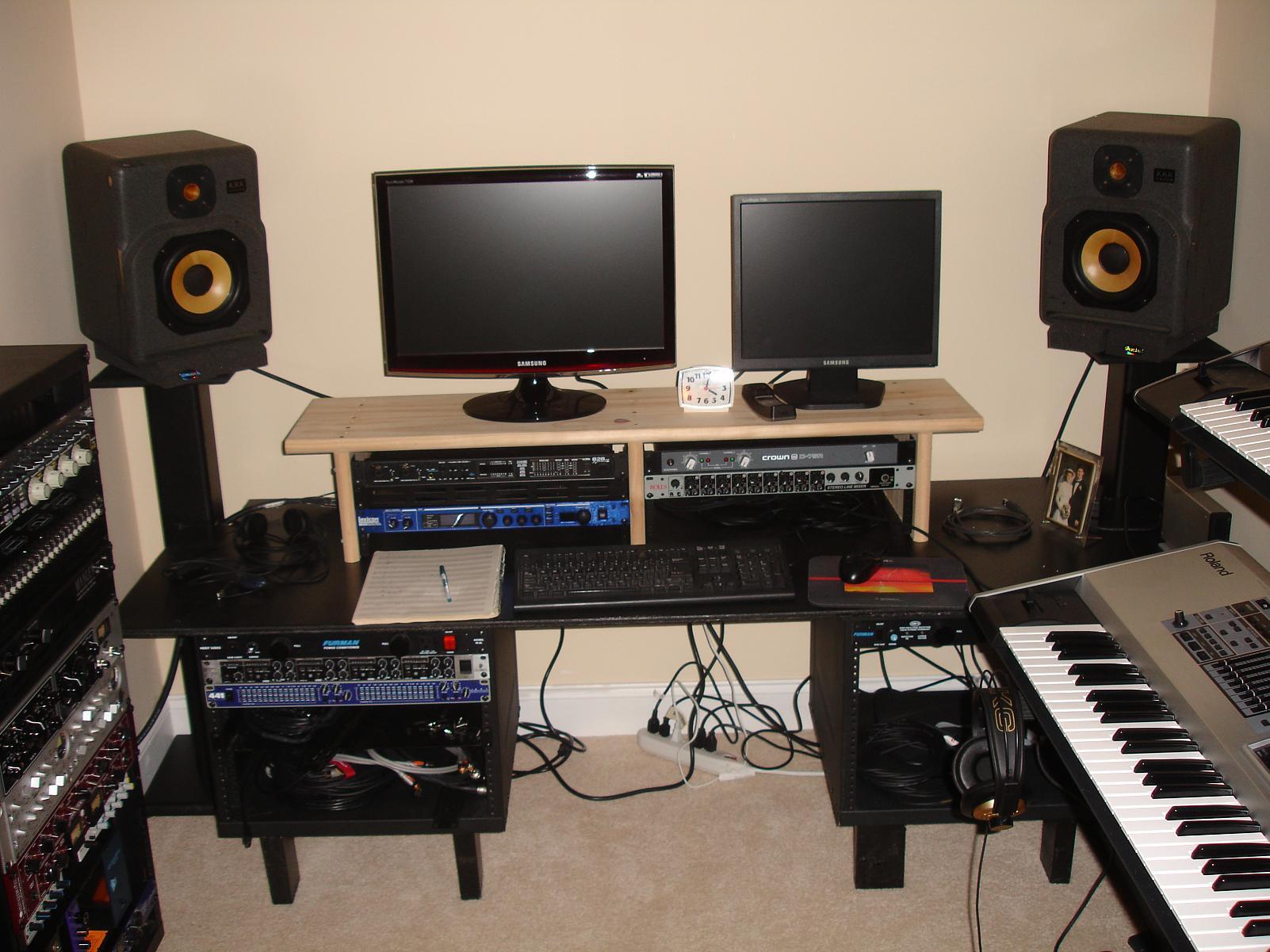 Membuat studio rekaman sendiri: Home recording paling murah sedunia
