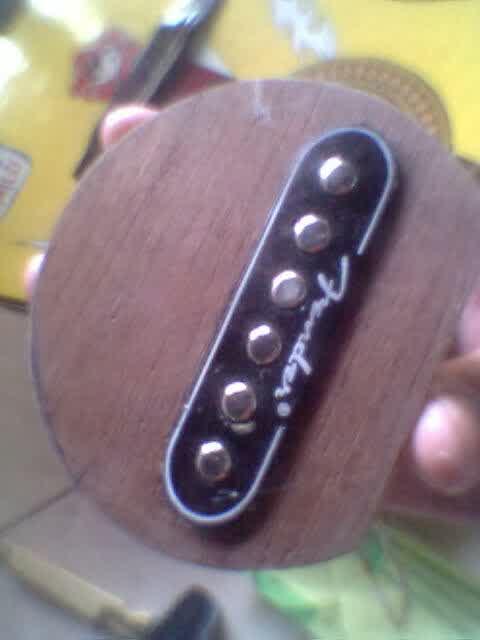 Langkah Cara Membuat Gitar Akustik Menjadi Gitar Elektrik - siapkan spool gitar