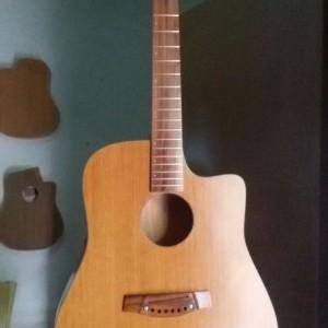 Pabrik Gitar custom akustik lombok