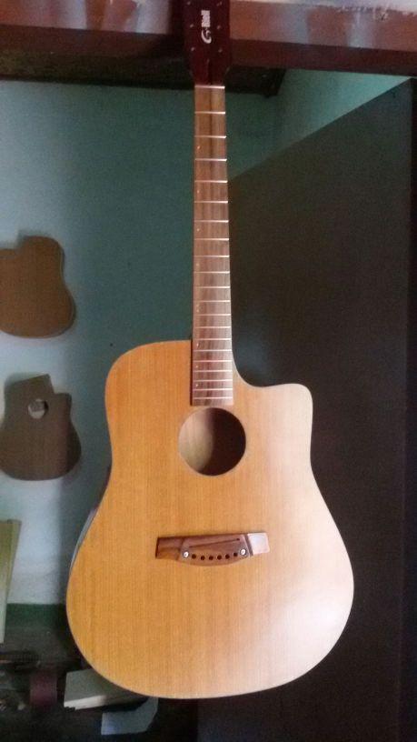 Pabrik Gitar Custom Akustik Dan Elektrik Lokal Lombok