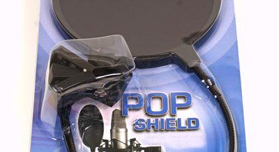 Pop filter adalah kebutuhan selanjutnya, meskipun keberadaannya hanya untuk memfilter suara pop seperti saat membunyikan konsonan P yang meletup, alat ini penting sebagai peralatan dasar home recording.